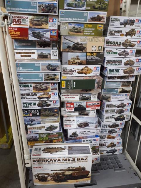 中野区で戦車プラモデル100箱
