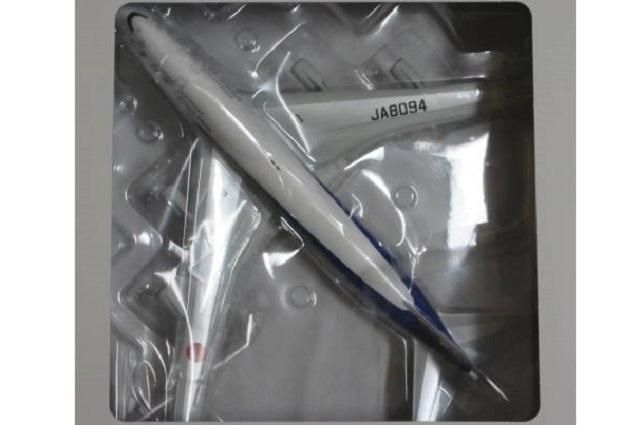 全日空商事 1/200 ANA B747-400  テクノジャンボ